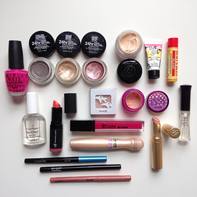 Mac makeup products set