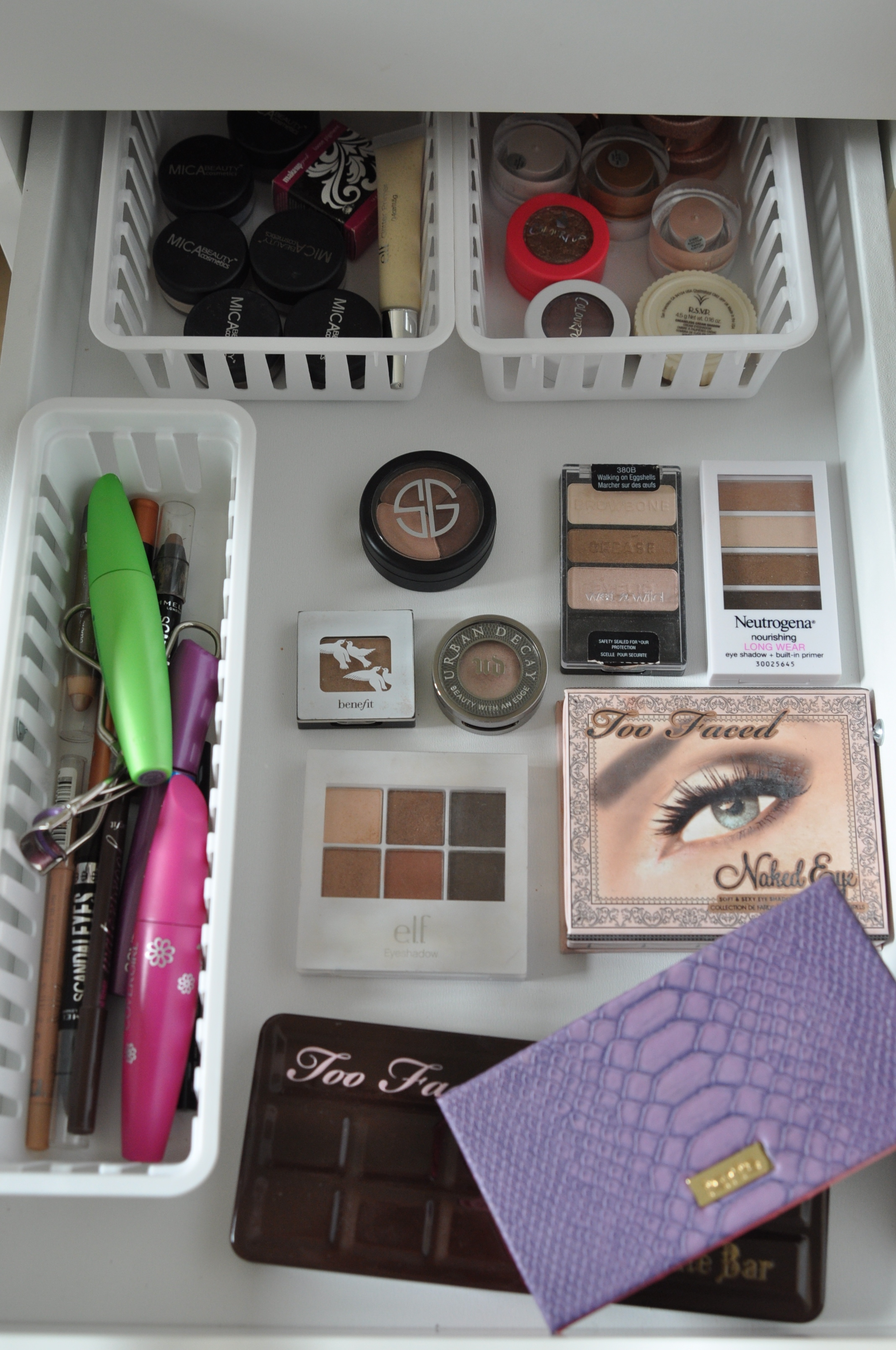 Eyeshadow Makeup Storage | Bolt Blogs