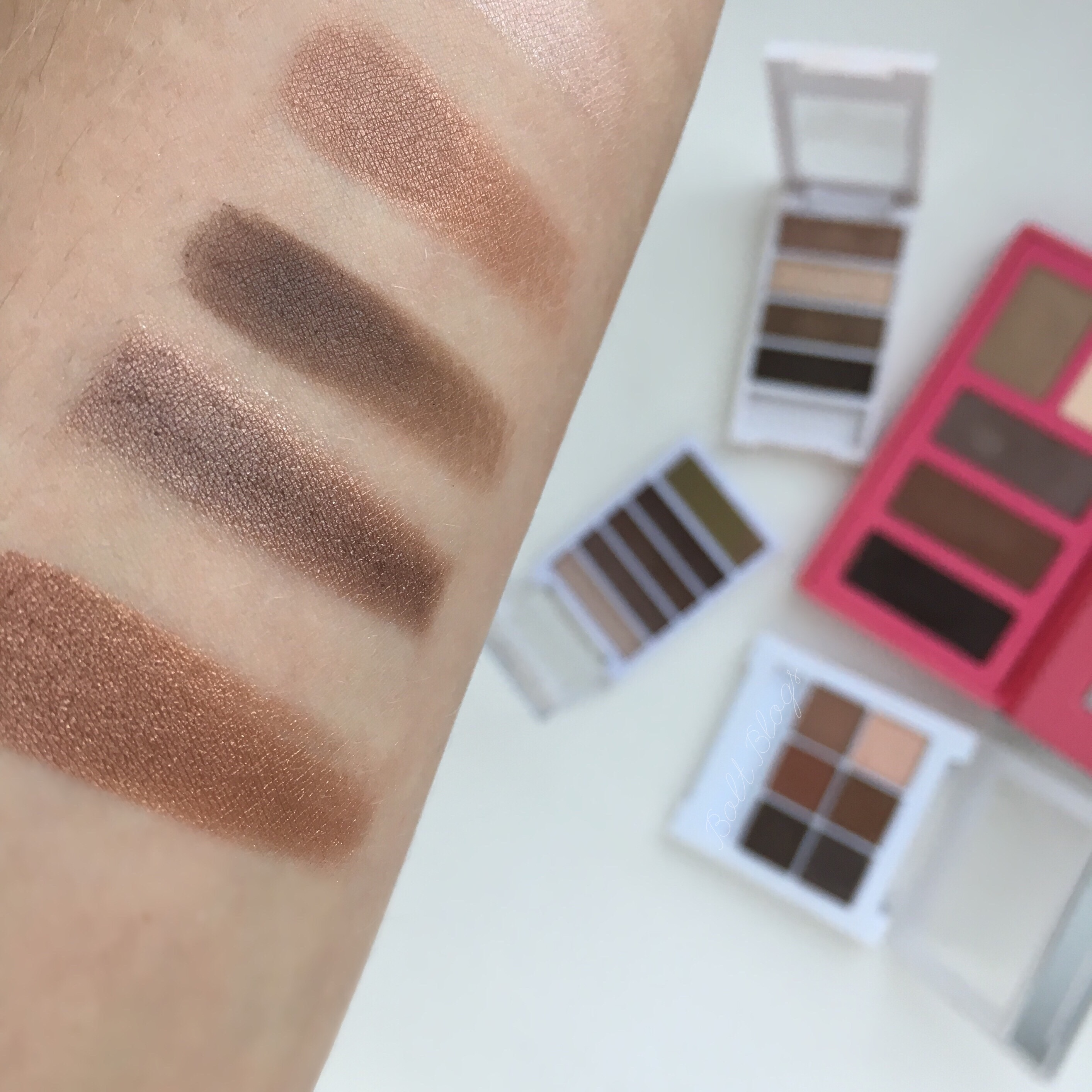 Bolt Blogs Eyeshadow Swatches