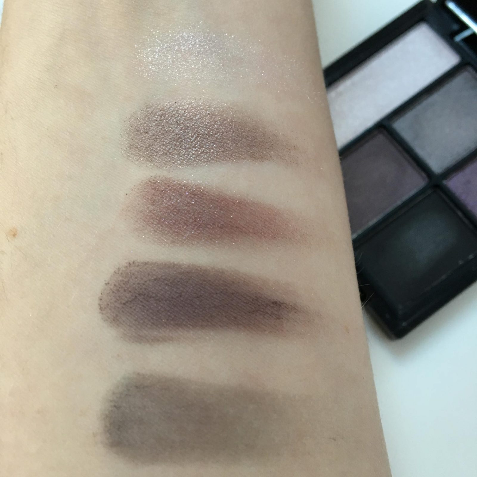 elf Clay Eyeshadow Palette - Smoked to Perfection swatches