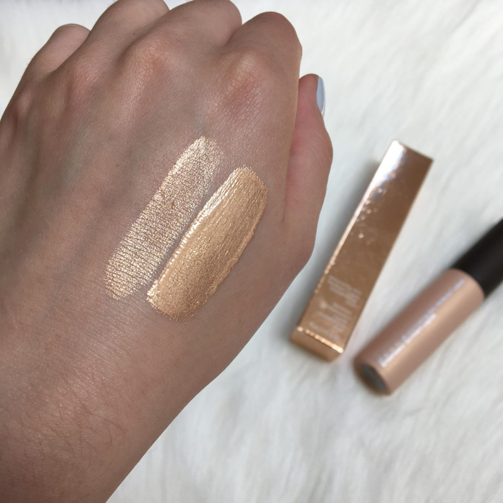 Becca Jaclyn Hill Champagne Pop Shimmering Skin Perfector Swatch